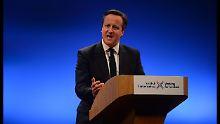 David Cameron muss seine schottischen Parteifreunde aufmuntern. Kein Wunder, denn sie sind im nördlichen Landesteil schwach.
