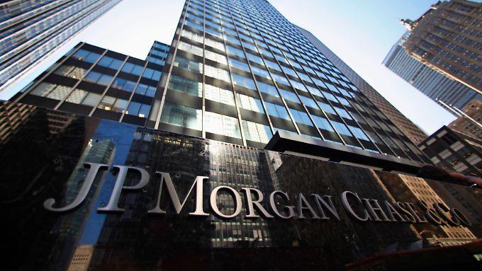 JP Morgan verkauft Rohstoffsparte für 3,5 Milliarden Dollar - doch ein Teil der umstrittenen Geschäfte geht weiter.