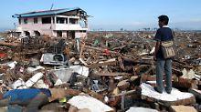 Trümmer in Banda Aceh, Sumatra: Bei der Tsunami-Katastrophe von Weihnachten 2004 kamen hunderttausende Menschen ums Leben.