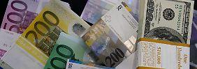 Strafen in Milliardenhöhe drohen: Schweizer Aufseher prüfen Devisenhandel