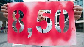 Ausnahmeregeln erzürnen Opposition: Bundeskabinett gibt grünes Licht für Mindestlohn
