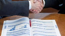 Gut beraten? Kunden sollten Finanzberatern nicht blind vertrauen.