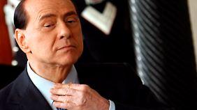 Aufruhr im Altenheim: Berlusconi will Sozialdienst statt Hausarrest als Strafe