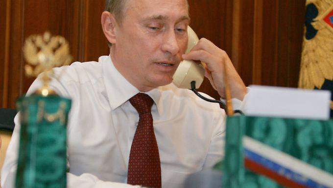 Auf Kriegskurs? Putin droht am Telefon mit der Einnahme Kiews.