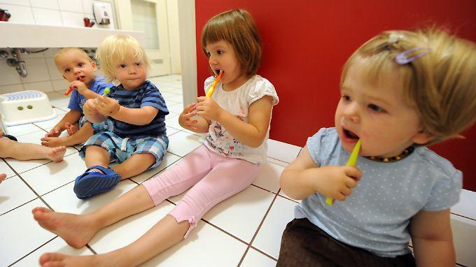 Schon bei den Kleinsten wird ein Bewusstsein für Zahnhygiene geschaffen.