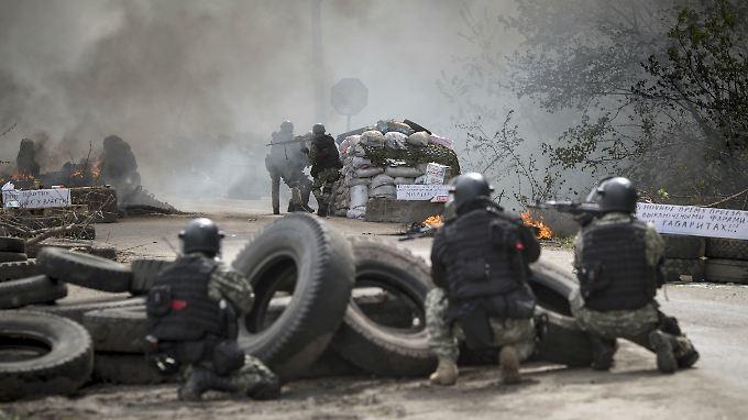 Die militärische Eskalation in der Ukraine kommt Russlands Wirtschaft teuer zu stehen.
