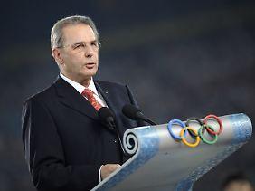 Vater im Kreißsaal: IOC-Präsident Jacques Rogge.