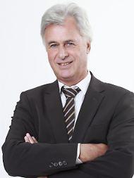 Peter Brandstaeter ist geschäftsführender Gesellschafter des Fonds Ladens und ein vehementer Befürworter von Investmentfonds als ideale Anlage für private und institutionelle Investoren. www.fonds-laden.de