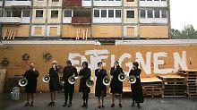 Mahnmal der Gentrifizierung: Bagger machen Esso-Häuser platt