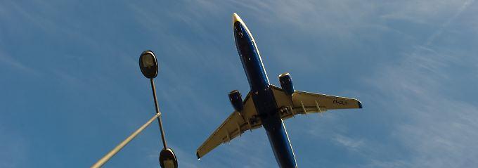 """""""Stellen Sie sich einen Gegenstand aus Metall und Plastik vor, der in eine Hochleistungs-Turbine gerät"""": Die US-Flugaufsicht fordert neue Sicherheitsstandards."""