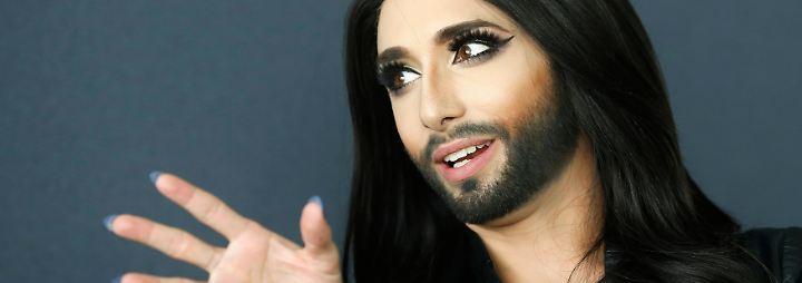 """Mancher deutsche TV-Zuschauer kennt Conchita als Teilnehmerin der RTL-Doku-Soap """"Wild Girls - Auf High Heels durch Afrika""""."""