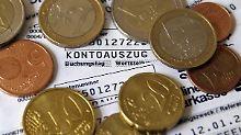 Zu hohe Basiskonto-Gebühren: Verbraucherzentrale verklagt Banken