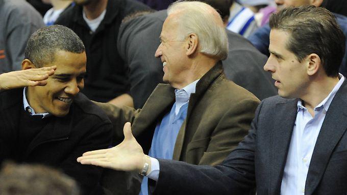 Biden junior (r.) in hochrangiger Gesellschaft: US-Präsident Barack Obama und sein Vize Joe Biden.