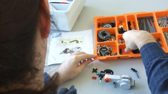 Beim Softwarehersteller SAP in Walldorf (Baden-Württemberg) können sich Menschen mit Autismus bewerben.