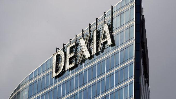 Extra-Wurst fürs krisenKind: EZB will sich bei Dexia-Bank gnädiger zeigen.