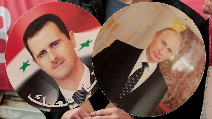 Seit Sowjetzeiten pflegen Moskau und die Assad-Familie enge Beziehungen. Das kommt Syriens Regierung jetzt zugute.