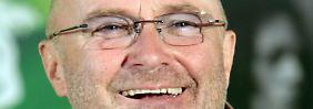 Pause vom Karriereende: Phil Collins tritt mit Schulband der Söhne auf
