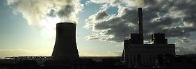 Braun- und Steinkohlestrom belastet das Klima durch den hohen Kohendioxidausstoß.
