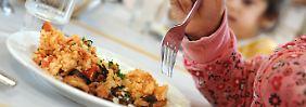 Viel Fleisch, wenig Vitamine: Kita-Essen ist selten gut