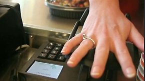 Venenstruktur ersetzt Kreditkarte: Schweden bezahlen durch Handauflegen