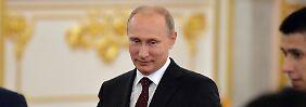 """""""Nicht mit Frauen debattieren"""": Putin kommentiert G7-Treffen aus der Ferne"""