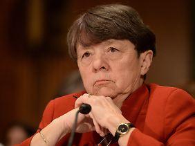 Wenn es jemand schaffen kann, dann die Chefin der mächtigen Securities and Exchange Commission (SEC): Mary Jo White.
