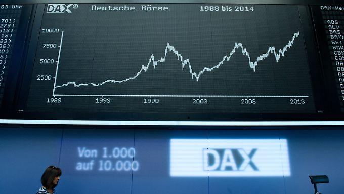 Auch nach Handellschluss bei über 10.000 Punkten: Der Dax schreibt Geschichte.