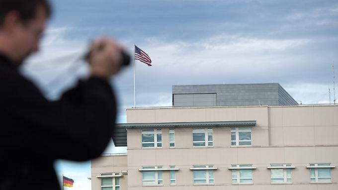 Von der US-Botschaft in Berlin aus wird spioniert - nur der deutsche Verfassungsschutz scheint das nicht zu wissen.