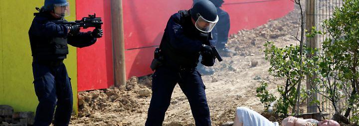 Waffenschau bei Paris: Frankreich lädt zur Eurosatory