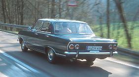 In nur elf Monaten wurden vom Opel Rekord 300.000 Fahrzeuge verkauft.