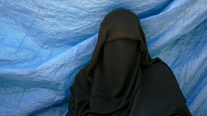 Der Europäische Gerichtshof für Menschenrechte (EGMR) prüft das Burka-Verbot in Frankreich.
