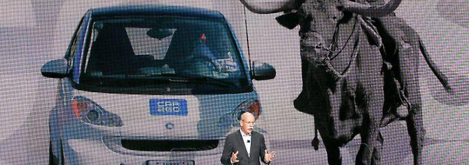 Daimler-Chef Zetsche, hier bei einer Präsentation des Mitnahme-Konzepts für Kleinwagen auf der CES in Las Vegas.