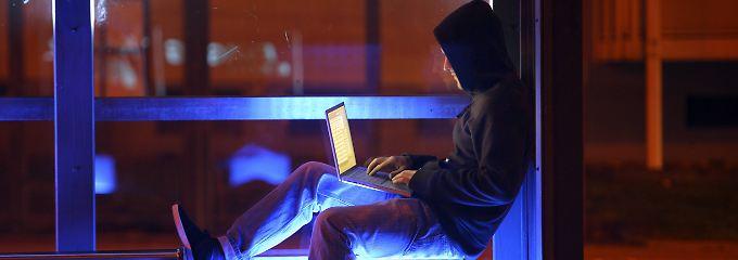 Die erste Ansprechstelle bei Identitätsbetrug bleibt die Polizei.