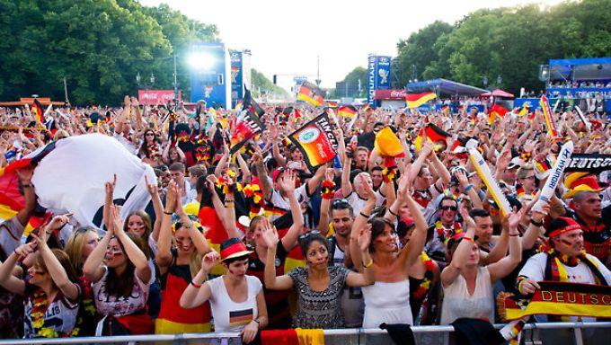 Gute Laune: Eine erfolgreicher WM-Verlauf hebt auch die Laune bei Verbrauchern und Händlern.