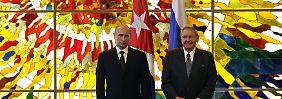 Russisch-kubanische Freundschaft: Vor dem Hintergrund der Spannungen mit den USA werden die Beziehung zwischen den beiden Staaten intensiver.