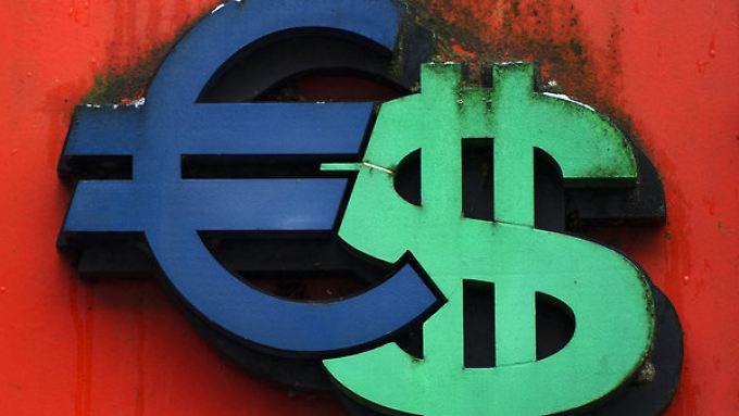 Euro-Dollar: Die Aufwertung des Greenback lässt die Fed-Protagonisten in Stellung gehen.