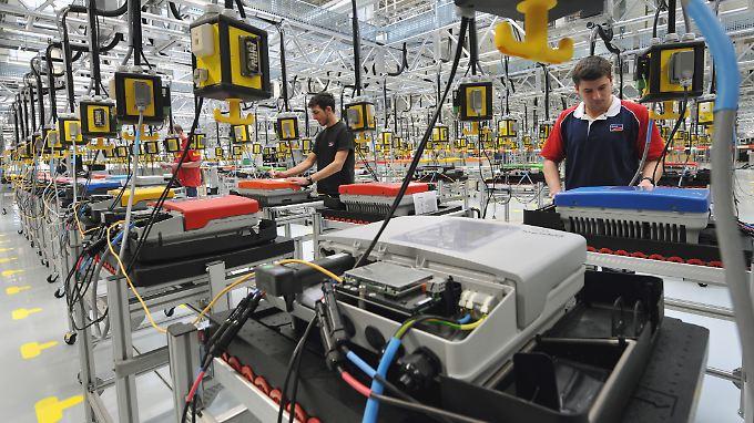 Nach dem Stellenabbau wird SMA Solar noch etwa 5000 Menschen beschäftigen.