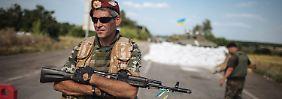 Moskauer Fluglinie bleibt am Boden: Gabriel verteidigt Sanktionen gegen Russland