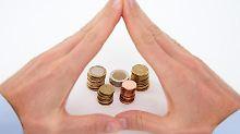 Sicherheit, Liquidität und Rendite - diese drei Ziele bilden die Ecken des magischen Dreiecks der Geldanlage. Foto: Andrea Warnecke