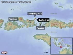 Bali liegt westlich von Sumbawa, direkt hinter Lombok: Das Boot zählt in den Gewässern der indonesischen Inselwelt zu den Hauptverkehrsmitteln.