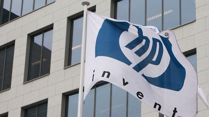 Sparprogramm und Umstrukturierung: Hewlett-Packard startet Angriff auf Marktführer Lenovo
