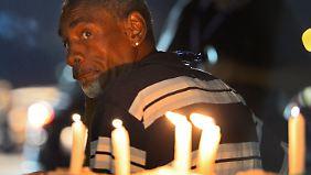 Obama versucht es mit Aussitzen: Krawalle in Ferguson ebben langsam ab