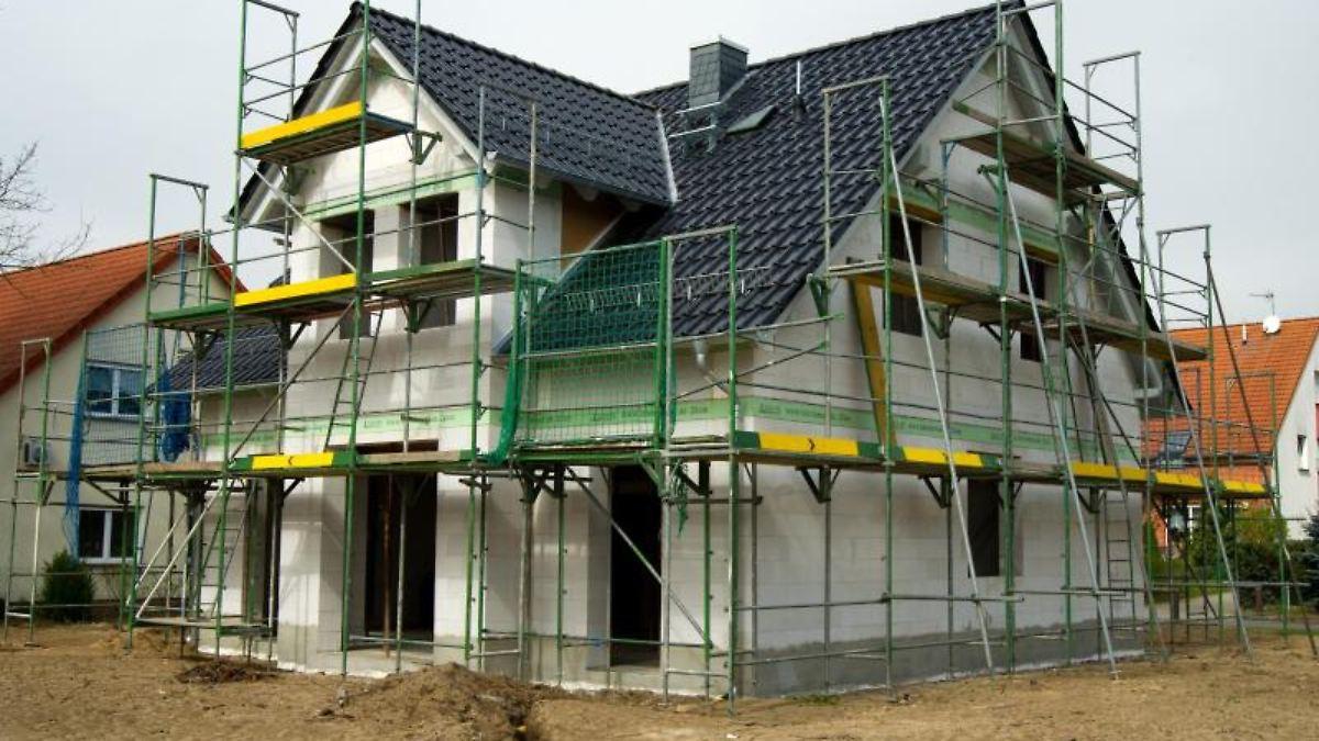 bezahlbares eigenheim besser pachten als kaufen n. Black Bedroom Furniture Sets. Home Design Ideas