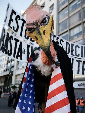 """Argentinien bezeichnet die Hedgefonds als """"Aasgeier""""."""