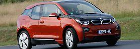 Dank seines niedrigen Schwerpunktes geht es mit dem BMW i3 auch recht dynamisch ums Eck.