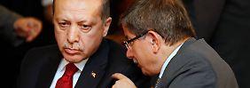 Grenzen von Davutoglus Loyalität: Entgleitet Erdogan die Türkei?