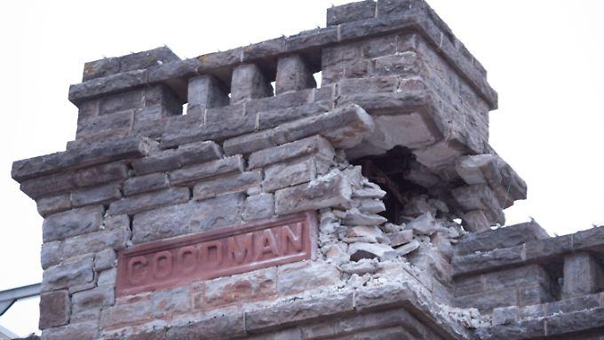 Viele Häuser sind beschädigt.