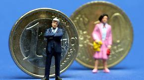 Als Ausgleich für Lohnlücke: Café testet Extrasteuer für Männer