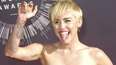 Promi-News des Tages: Miley Cyrus posiert nackt für Karl Lagerfeld