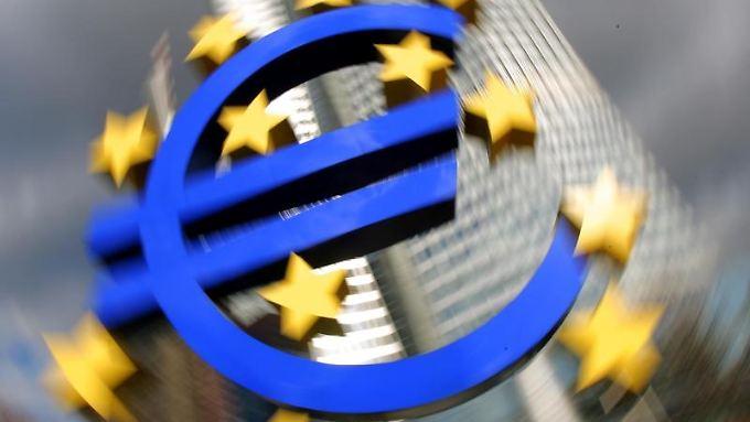255 Banken aus den Euro-Ländern sicherten sich insgesamt 82,6 Milliarden Euro, wie die EZB mitteilte.